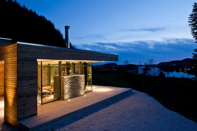 Rustic Cabin House Design Front View