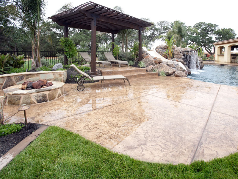 High Gloss Finishing Stamped Concrete Patio Floor