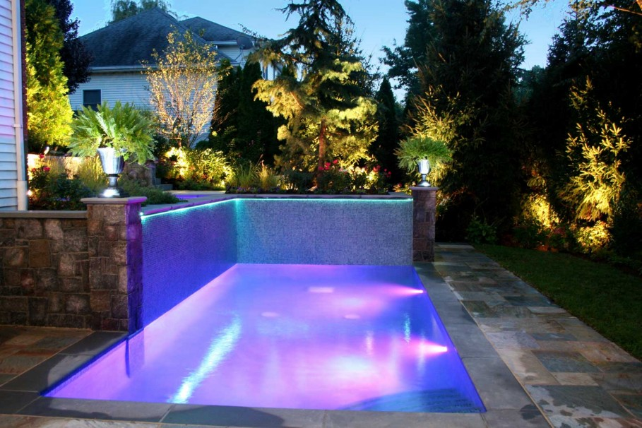 Swimming Pool For A Small Backyard