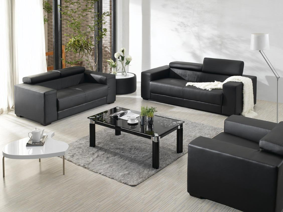 Adorable Design Of The White Wall Ideas Added With Grey Rugs And Black Modern Sofa Sets