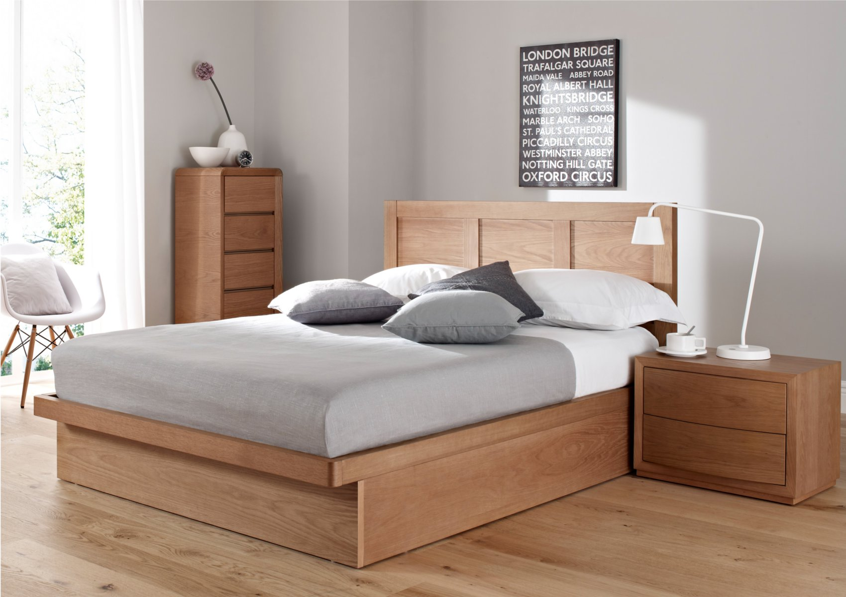 California King Size Bed Design With Pastel Color Mattress