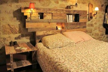 Pallet Bed with Headboard and Lights Plus Side table