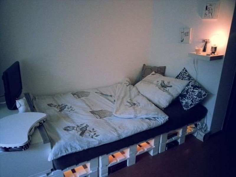 Pallet Single Bed Ideas With Storage