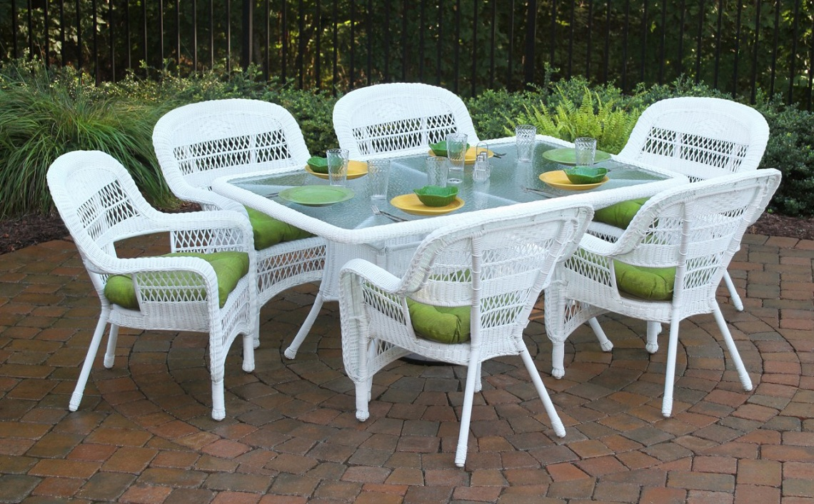 White Resin Wicker Patio Furniture Resin Wicker Dining Sets